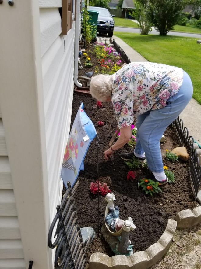 Mom the gardener